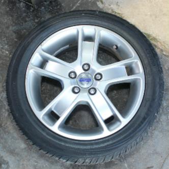 Las revisiones de desgaste y la rotación de estos, añaden seguridad en su auto.